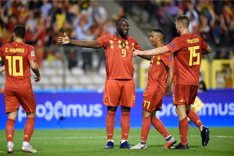 Belgiens Stürmer Romelu Lukaku (C) feiert sein Tor gegen die Schweiz am 12. Oktober 2018. Belgien gewinnt am 3.Spieltag durch 2 Tore von Lukaku mit 2:1. (Photo by JOHN THYS / AFP)