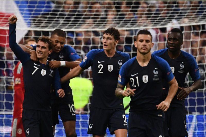 Gewinnt Frankreich heute, hat es Deutschland selbst in der Hand: Bei einem Sieg gegen die Niederlande würde man in der Gruppe A bleiben! (Photo by Anne-Christine POUJOULAT / AFP)