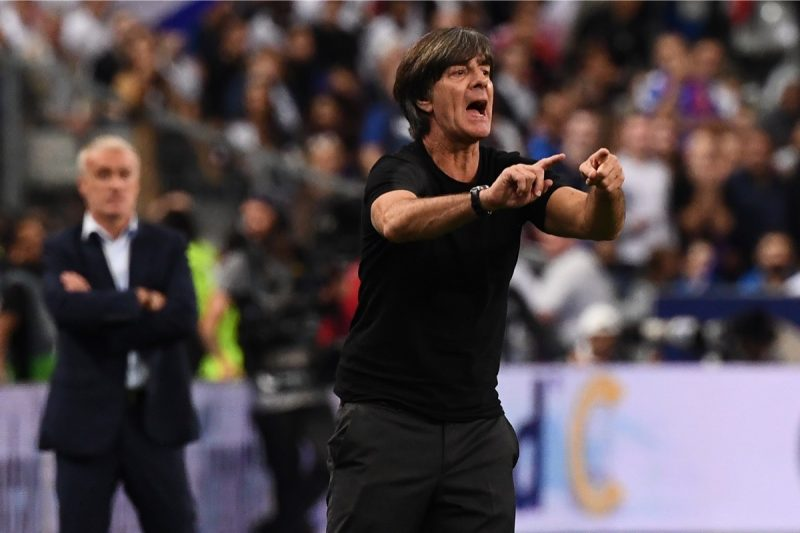 Bundestrainer Joachim Löw steigt mit seiner Nationalelf in die nächst niedrige UEFA Nations League Liga ab. (Photo by Anne-Christine POUJOULAT / AFP)